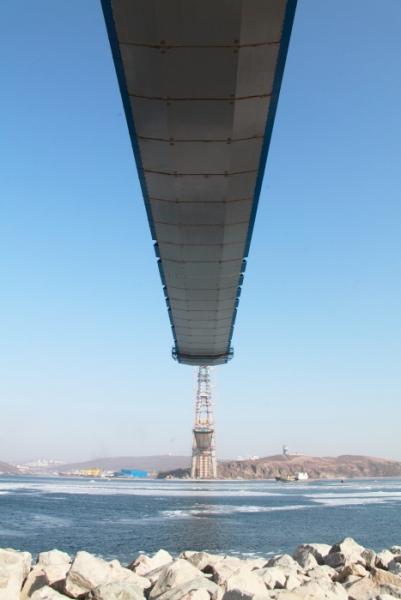 Мост на остров Русский готов более чем на 90%