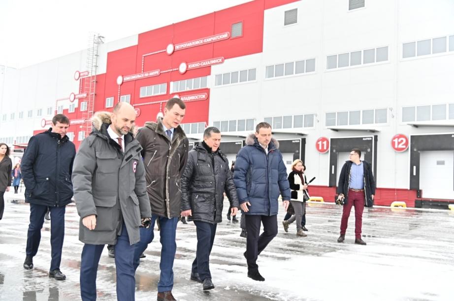 Юрий Трутнев оценил новый дворец единоборств «Самбо» в Хабаровске
